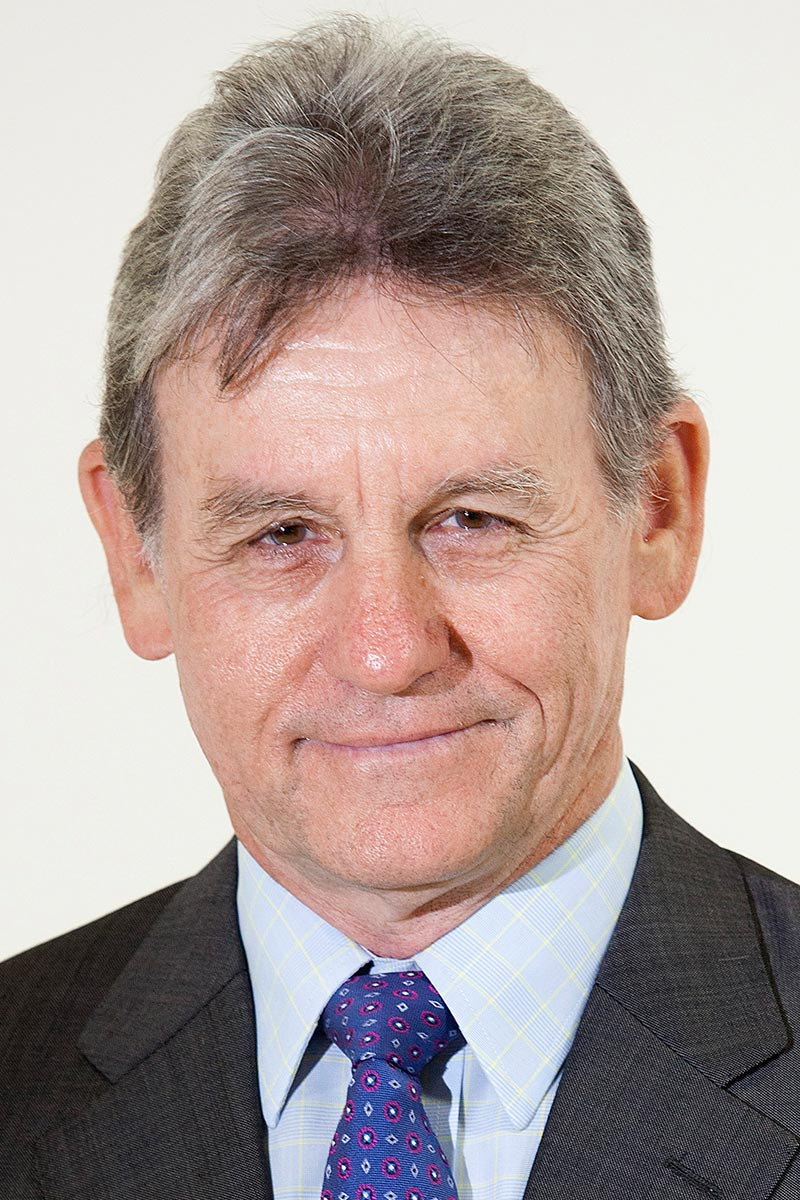 Dr Chris Farrell